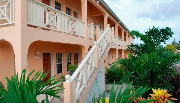 ANTIGUA - Connie's Comfort Suites
