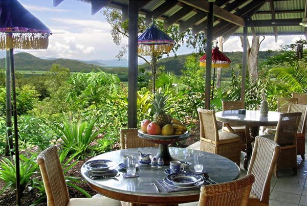 PORT DOUGLAS Mai Tai Resort 50% Airline Staff Discount