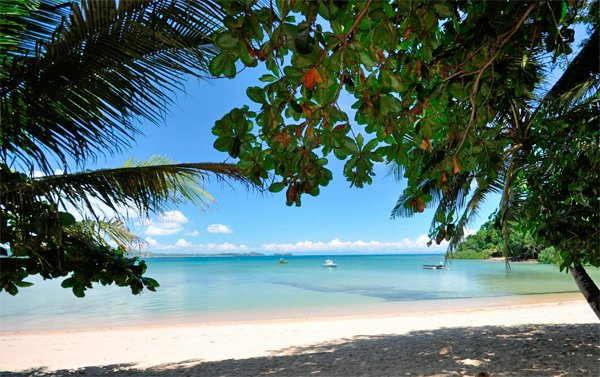 MADAGASCAR Sakatia Lodge – 30% Airline Staff Discount