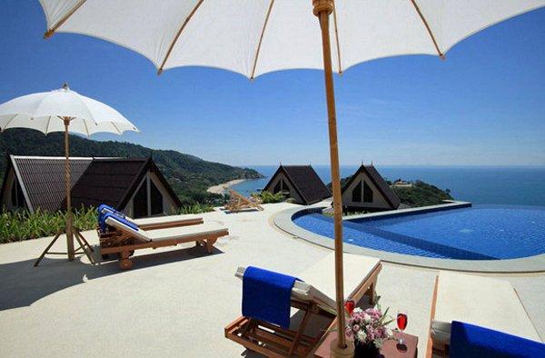 KOH LANTA, THAILAND – Baan KanTiang See Panorama Villa Resort