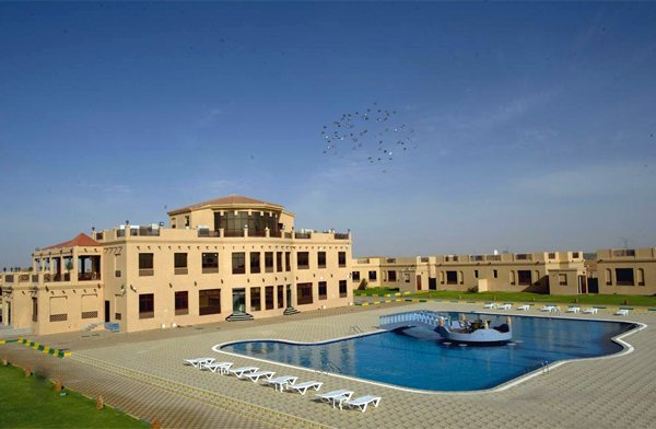 UAE Al Bada Hotel & Resort  25% Airline Staff Discount