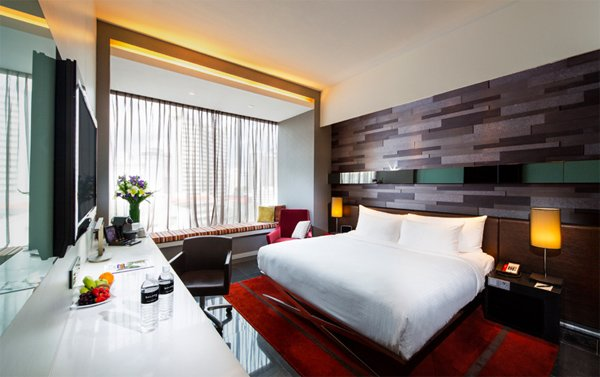 SINGAPORE The Quincy Hotel  30% Airline Staff Discount