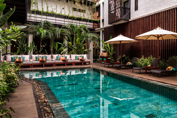 SIEM REAP The Aviary –  40% Airline Staff Discount