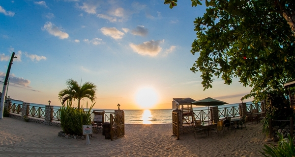 Jamaica Rondel Village Airline Staff Rates
