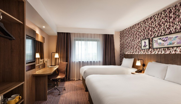 HEATHROW AIRPORT Leonardo Hotel London Heathrow Airport – 25% Airline Staff Discount