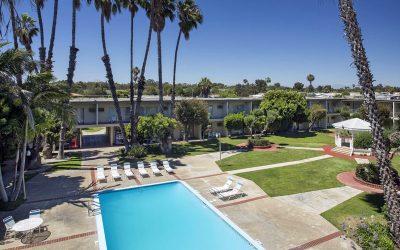Long Beach, CA, Golden Sails Hotel